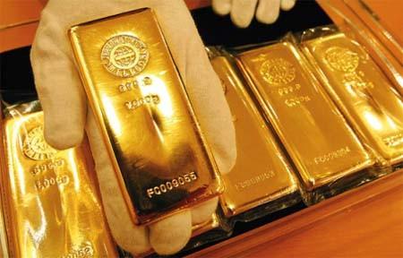 Điều gì đẩy giá vàng tăng cao? ảnh 1