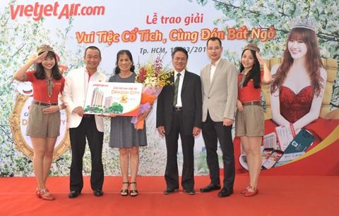 Hành khách Vietjet nhận giải căn hộ Dragon City 2 tỷ đồng ảnh 2