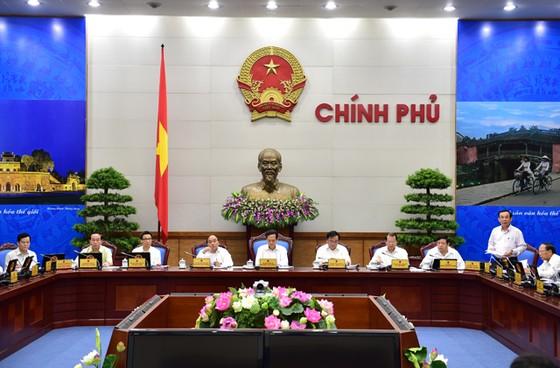 Thủ tướng chủ trì họp Chính phủ thường kỳ tháng 3 ảnh 1