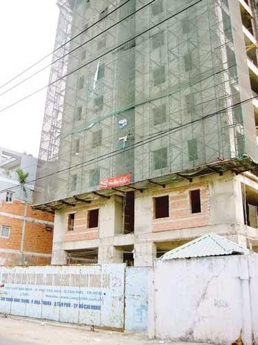 Quá tải hạ tầng (B1): Tân Phú dày đặc chung cư ảnh 2