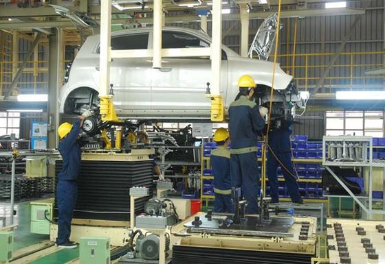 ASEAN tiến tới bỏ rào cản ngành ô tô ảnh 1