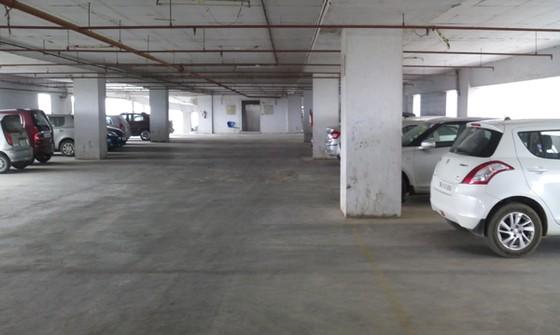 Loạn chỗ để ô tô: Bắt chung cư xây 3 tầng hầm ảnh 1