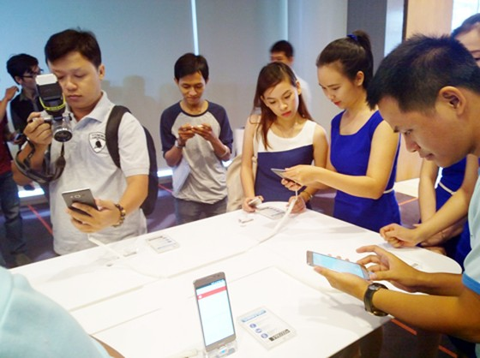 Samsung Galaxy On7 được bán độc quyền trực tuyến ảnh 1