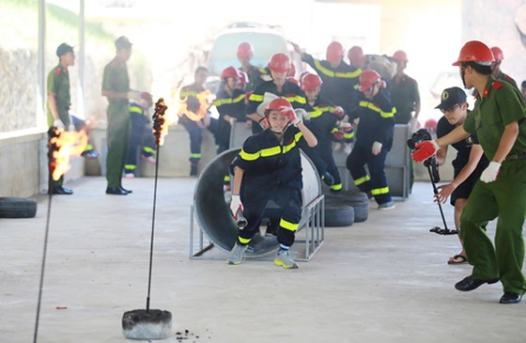 Trại hè lính cứu hỏa nhí - 2016 ảnh 2