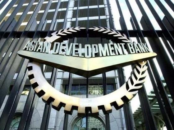 ADB hạ dự báo tăng trưởng kinh tế châu Á ảnh 1