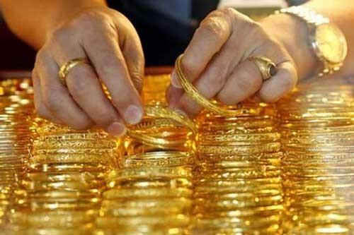 Giá vàng quay đầu tăng vọt ảnh 1