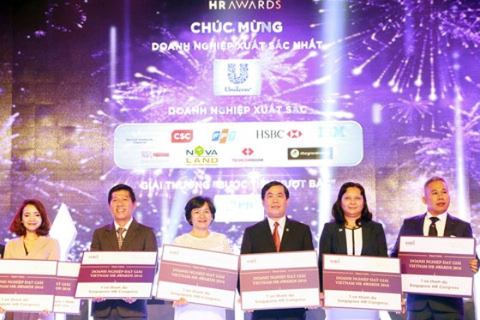 Novaland đạt 3 giải thưởng Việt Nam HR Awards 2016 ảnh 1