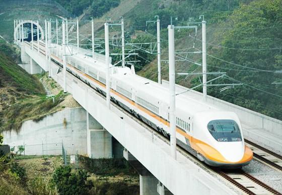 Năm 2018 trình QH đầu tư đường sắt cao tốc Bắc - Nam ảnh 1