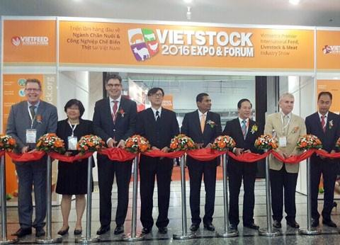 300 DN tham gia triển lãm VIETSTOCK 2016 ảnh 1