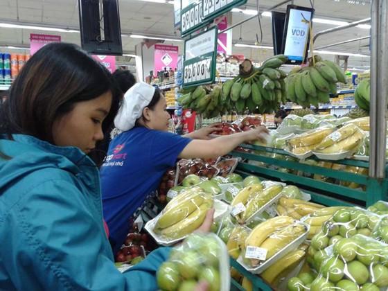 Hàng Việt nguy cơ bị soán ngôi tại các chợ ảnh 1
