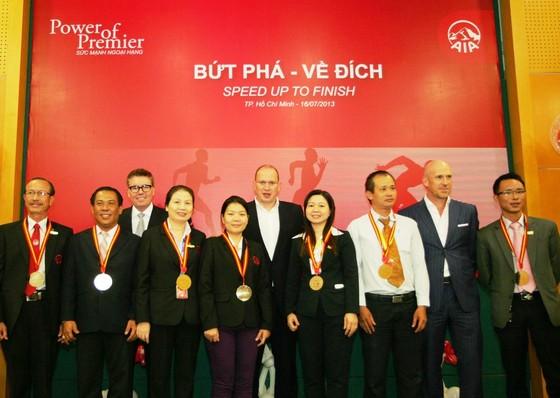 AIA Việt Nam tăng trưởng ngoạn mục ảnh 1
