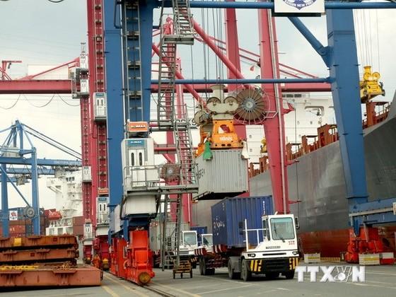 TPHCM duy trì tăng trưởng GDP trên 9,5% ảnh 1