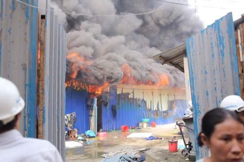 Hà Nội: 2 ngày xảy ra 2 vụ cháy lớn ảnh 2