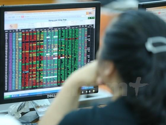CK 6-3: Thiếu lực đỡ, thị trường tiếp tục trượt dốc ảnh 1