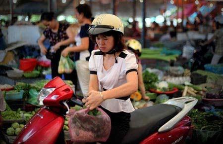 Hà Nội: CPI tháng 12 tăng 0,35% ảnh 1