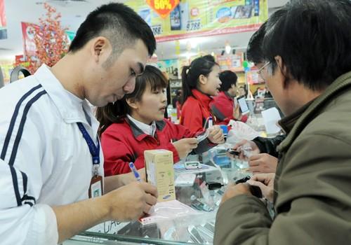 ADB dự báo lạm phát Việt Nam 6,2% ảnh 1