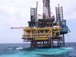 Dầu giảm do dự trữ dầu Hoa Kỳ tăng mạnh ảnh 1