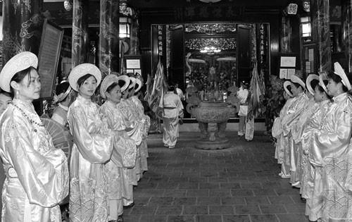 Lễ hội ở Hà Nội: Khác biệt trong cái chung ảnh 1