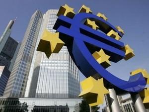 ECB nâng dự báo tăng trưởng GDP Eurozone ảnh 1