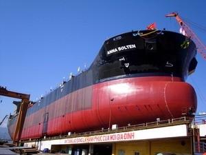 Hạ thủy tàu 53.000 tấn đóng cho Đức ảnh 1