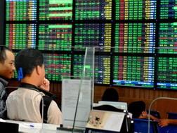 TTCK 2-6: VN Index tái lập mốc 450 điểm ảnh 1