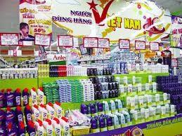 Người tiêu dùng hàng Việt thời kinh tế khó khăn ảnh 1