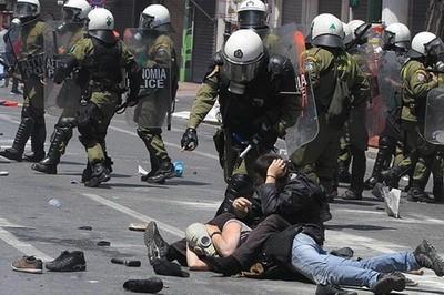 Hy Lạp: Tổng đình công, bạo loạn ảnh 1