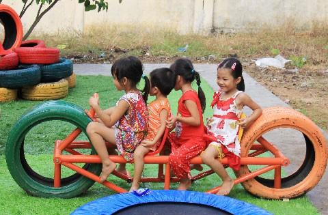 Khu vui chơi từ lốp tái chế đầu tiên tại Việt Nam ảnh 1