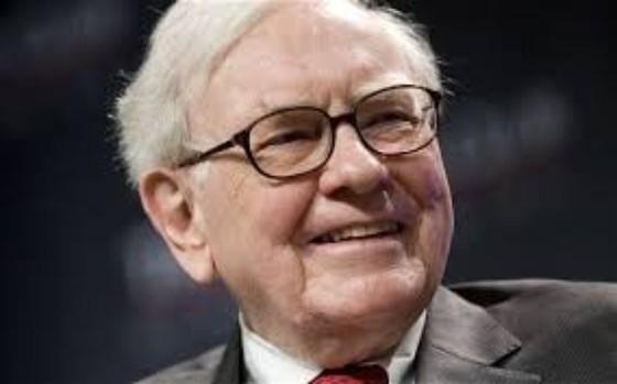 Warren Buffett lần đầu đổi thị trường ảnh 1