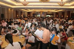 Kim Oanh giao dịch thành công 1.700 sản phẩm ảnh 1