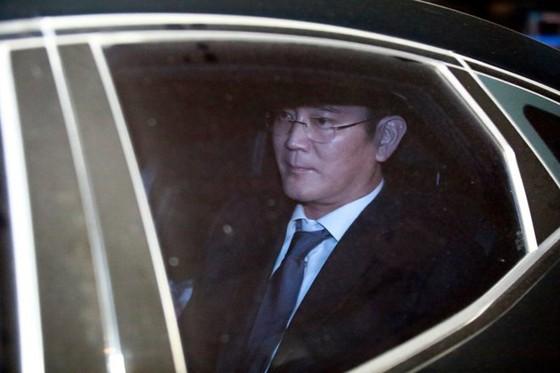Phó Chủ tịch Samsung bị bắt giữ ảnh 1