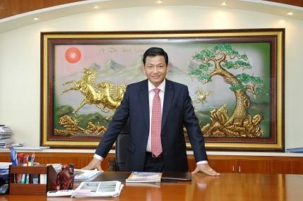 Doanh nhân trẻ Trịnh Tiến Dũng được bầu Sao Đỏ 2014 ảnh 1