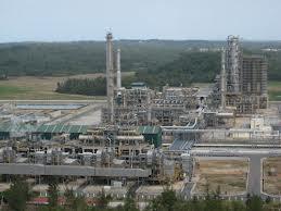 Dừng NMLD Dung Quất: Thiếu 120.000 tấn xăng dầu ảnh 1
