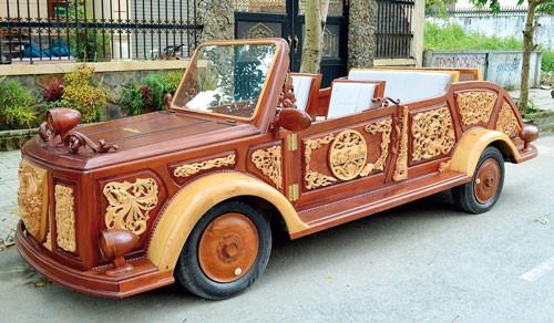 Độc đáo ô tô gỗ ảnh 1