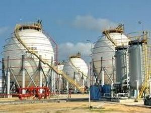 Xây khu bồn chứa, xuất xăng dầu Quảng Ngãi ảnh 1