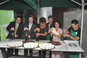 TPHCM: Starbucks khai trương cửa hàng thứ 2 ảnh 1