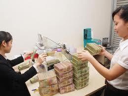 NHNN yêu cầu báo cáo dư nợ tín dụng BĐS ảnh 1