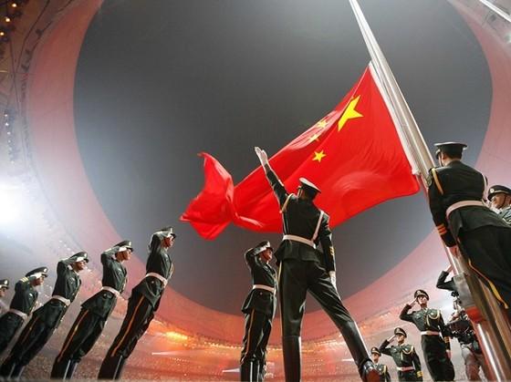 Vực thẳm tài chính chờ đón Trung Quốc năm 2016 ảnh 1
