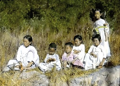Kinh tế Triều Tiên 3 đời họ Kim (kỳ 1): Từ hơn đến kém ảnh 1