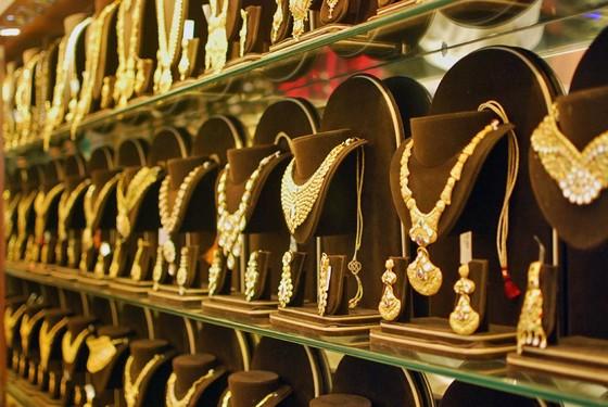 Ấn Độ: Nhập khẩu vàng quý IV-2011 giảm 50% ảnh 1