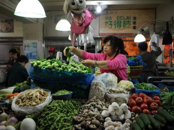 CPI cả năm Trung Quốc sẽ tăng 2,7% ảnh 1