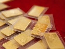 Bán hết 40.000 lượng vàng phiên cuối trước 30-6 ảnh 1