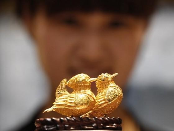 Giá vàng châu Á vẫn đứng mức cao ảnh 1