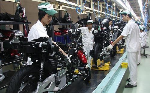 Xe máy Việt: Muốn sống thì... xuất ngoại ảnh 1