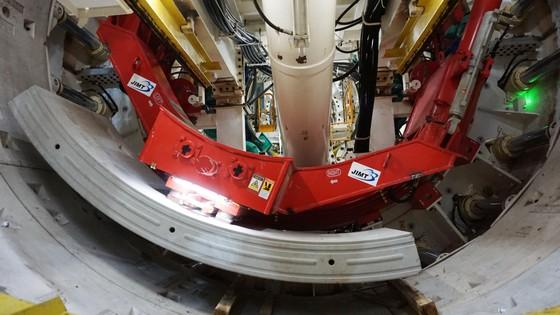 Tuyến metro số 1: Robot TBM bắt đầu khoan xuyên lòng đất ảnh 5