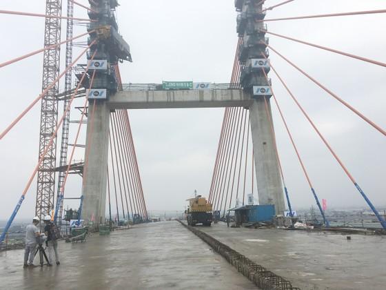 Hợp long cầu Bạch Bằng nối tỉnh Quảng Ninh và TP Hải Phòng ảnh 3
