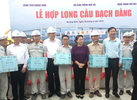 Hợp long cầu Bạch Bằng nối tỉnh Quảng Ninh và TP Hải Phòng ảnh 2