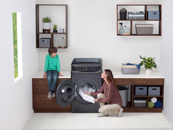 Máy giặt đột phá FlexWash có giá 59.800.000 đồng ảnh 2