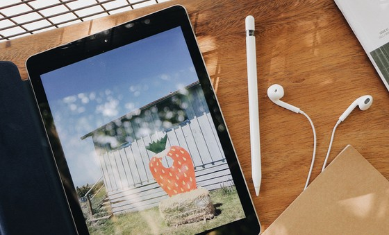 FPT Shop và F.Studio By FPT chính thức bán iPad 9.7 inch 2018 ảnh 1