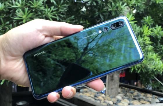 Huawei P20 Pro tập trung vào Camera ảnh 1